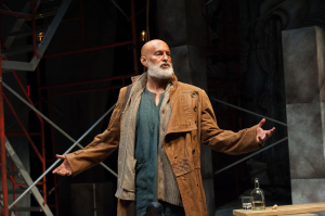 Stephen Yoakam (The Poet) in the Guthrie Theater's production of An Iliad. Photo by Aaron Fenster.