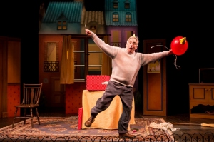 Robert Dorfman and the Red Balloon in Balloonacy. Photo by Dan Norman