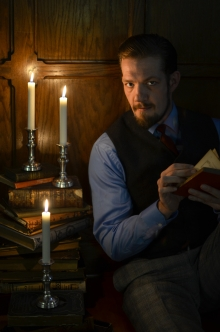 Michael Ooms as Doctor Faustus; photo from www.classicalactorsensemble.org
